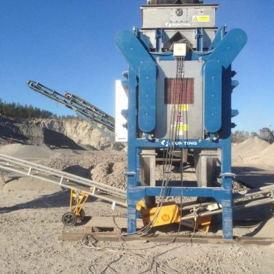 Induced roll separator - agreggate industry