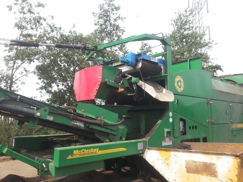 wood recycling machinery