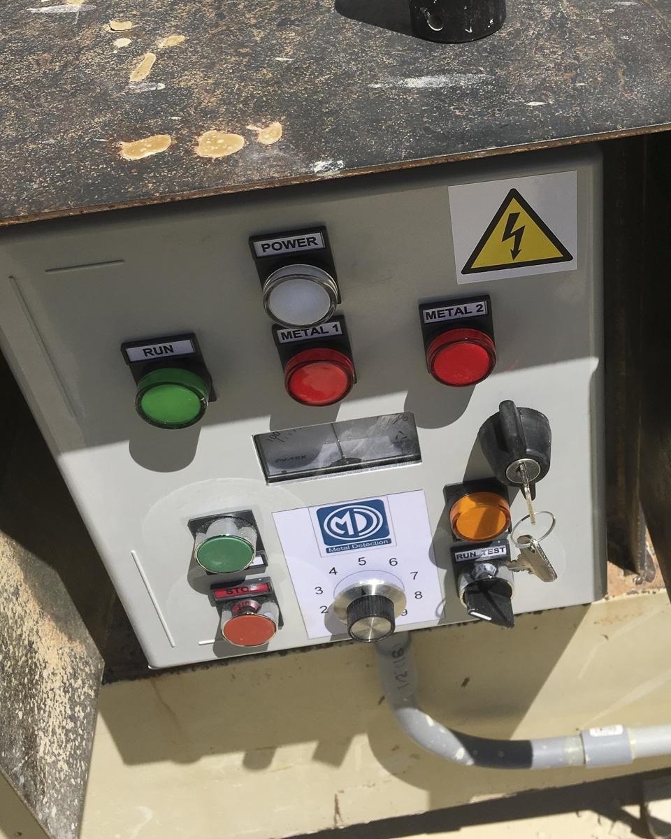 TN77 Metal Detector Control
