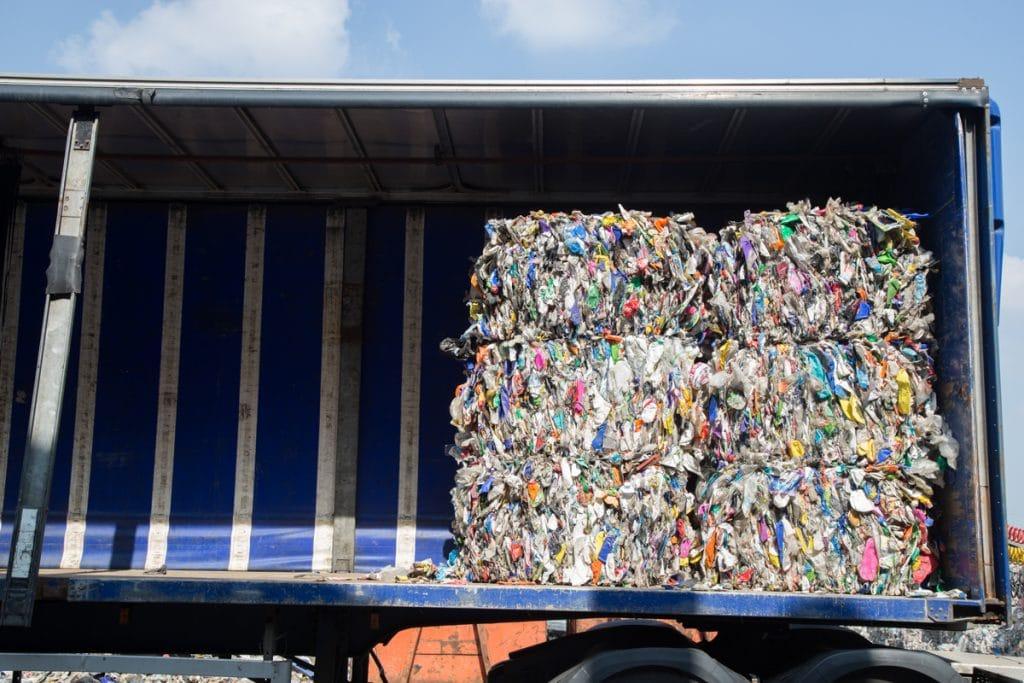 Hanbury Plastics Overband Magnet