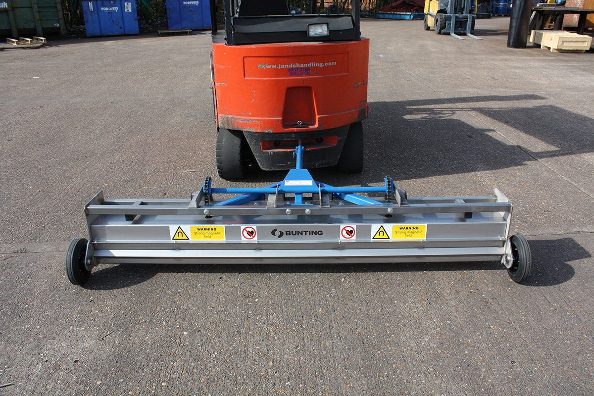 Bunting_Towable Forklift Sweeper
